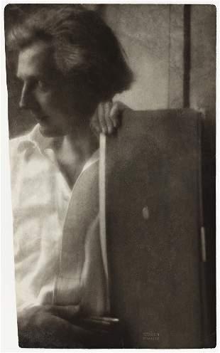EDWARD STEICHEN (1879-1973) Portrait of Edward Gordon