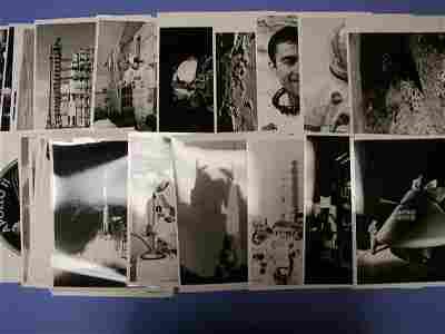 2037111: Apollo Program Photographs. A group of approxi
