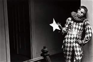DUANE MICHALS (1932 - ) Harlequin.