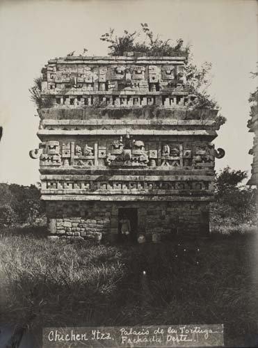 2067011: MEXICO Album containing 45 photographs of pre-