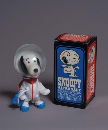 2073116 Signed Apollo 10 Snoopy Astronaut Doll A Mint