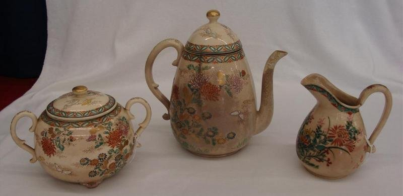 3pcs Antique Satsuma: Teapot, Creamer & Sugar. Note: Te