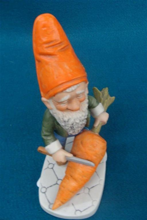 Goebel Figurine: Robby; Depicts a Dwarf with a Large