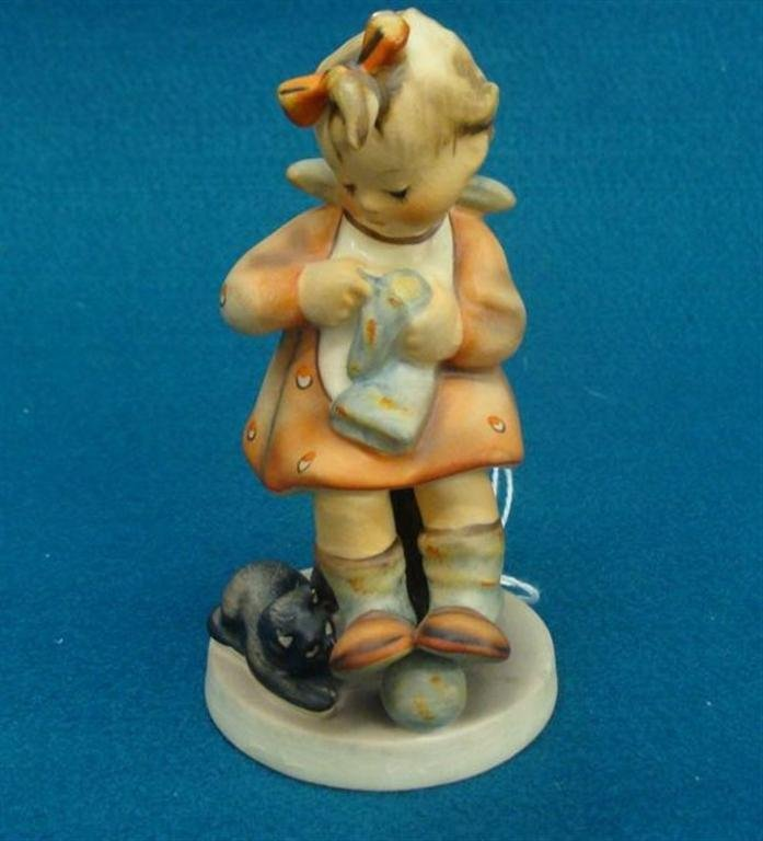 Hummel Figurine: Mothers Helper; #133; TM 3; Book Value