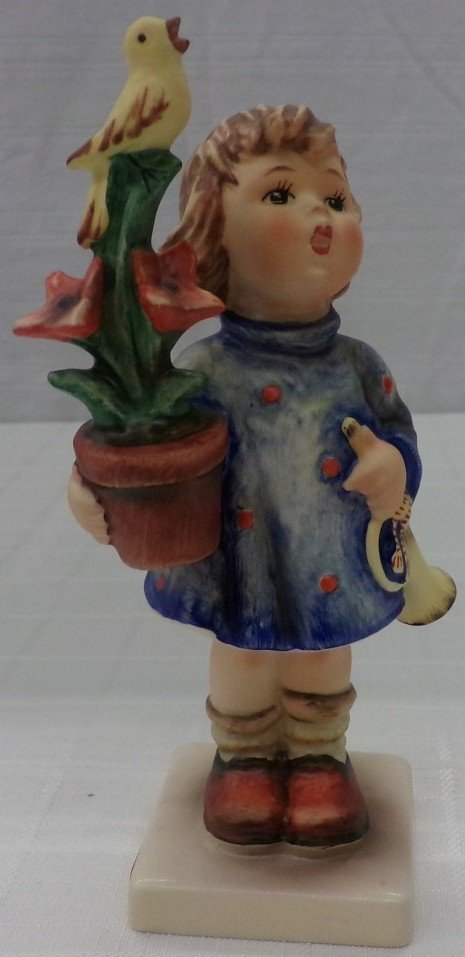 Hummel Figurine: Congratulations; #17/0; TM 6. Book
