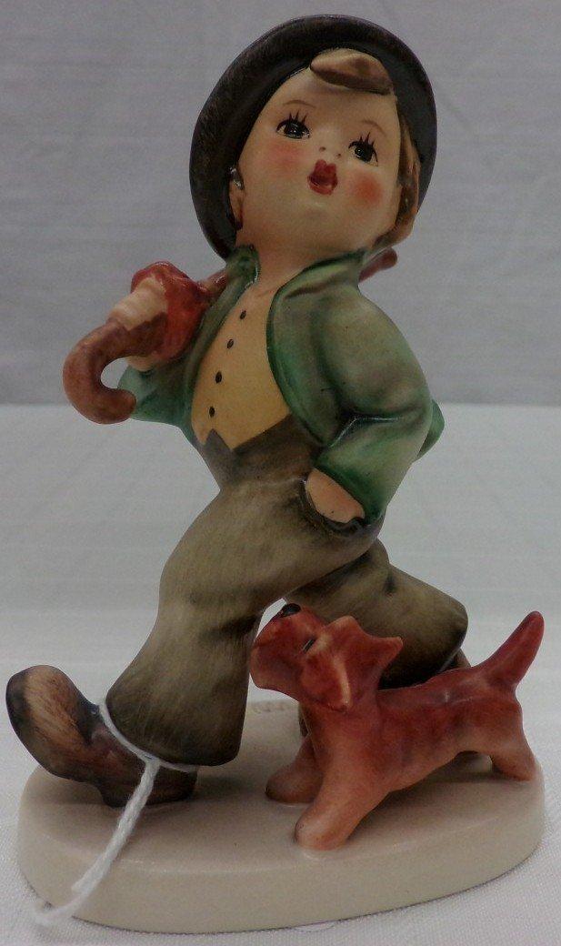 Hummel Figurine: Strolling Along; #5; TM 5. Book Value