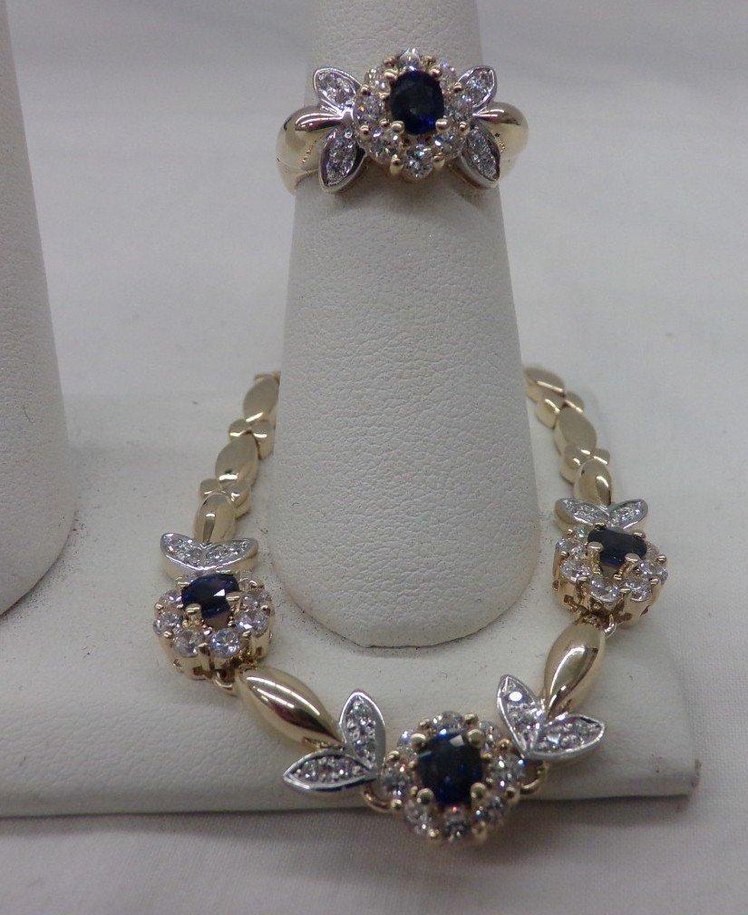 Exquisite 18K Yellow Gold Diamond & Sapphire Ring &