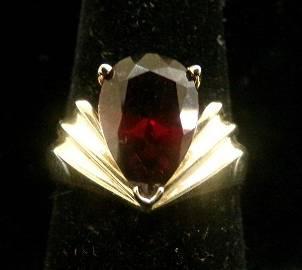 10K Yellow Gold Garnet Ring 4.3 Grams; Size 8.5. Pear