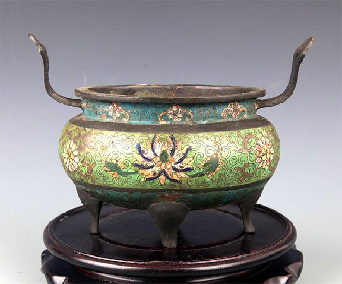 A FINELY MADE CLOISONNÉ ENAMEL BRONZE CENSER