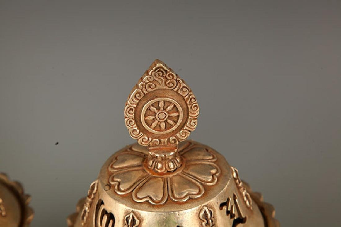 A FINELY CARVED TIBETAN BRONZE AROMATHERAPY - 3
