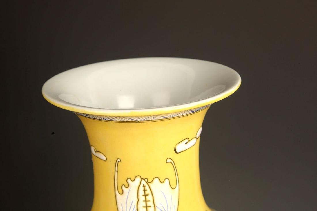 PAIR OF LARGE YELLOW GROUND DRAGON PAINTED JAR - 4