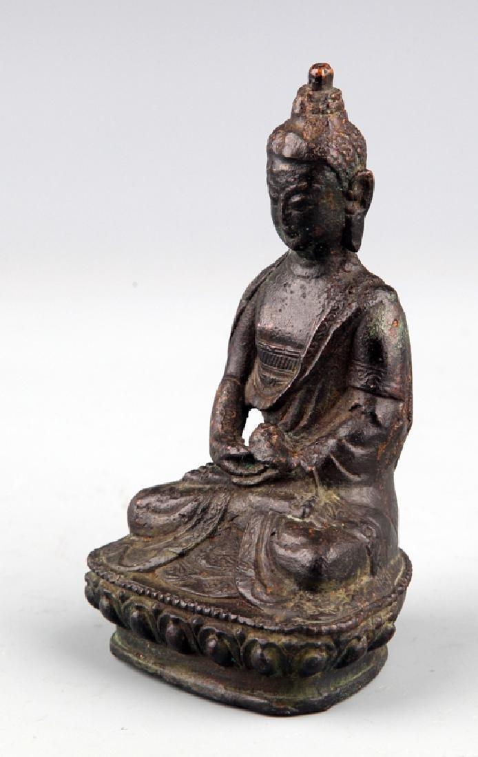 A FINELY CARVED BUDDHA FIGURE - 3