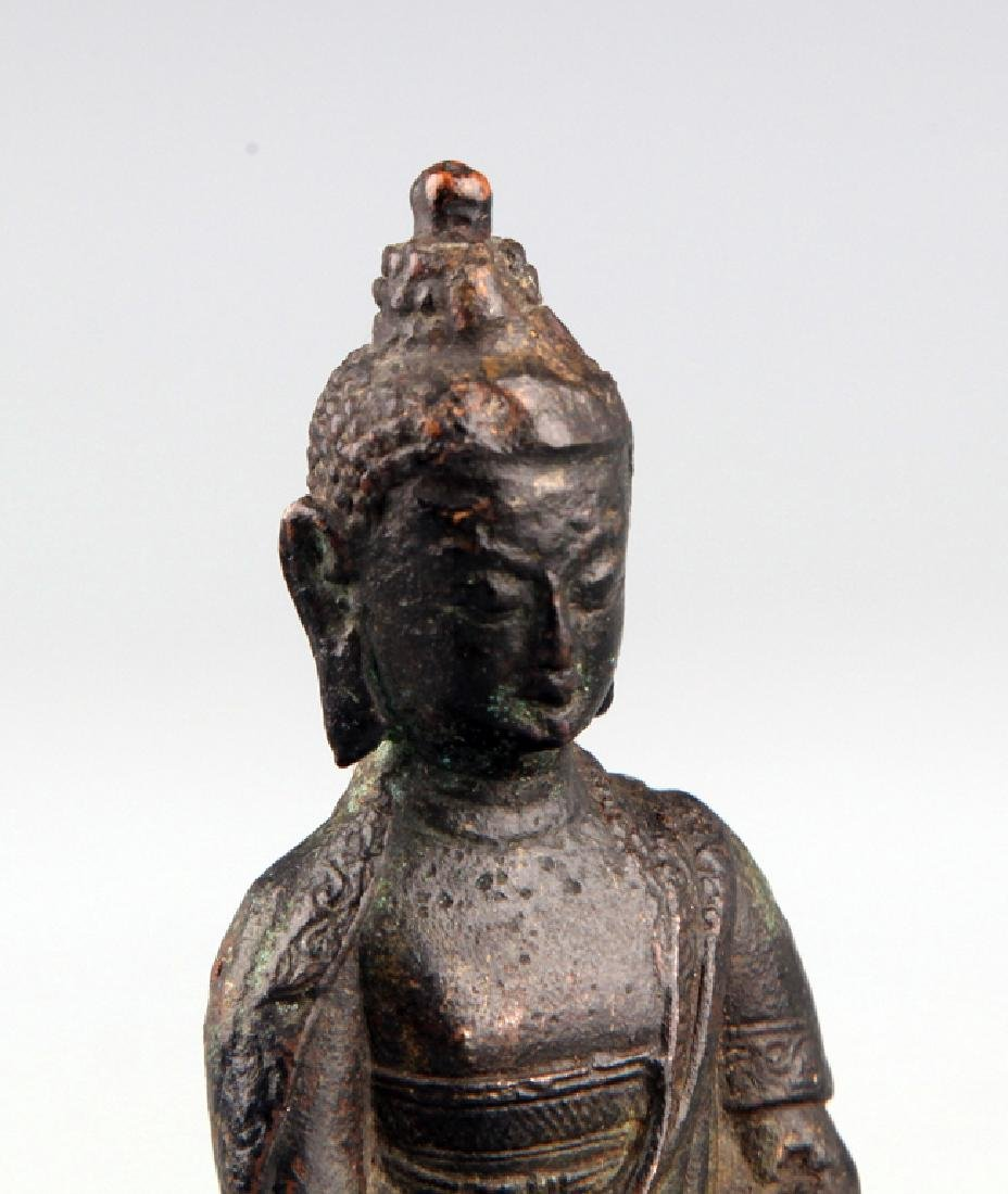 A FINELY CARVED BUDDHA FIGURE - 4