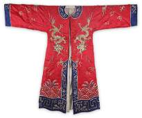 A FINE HAND MADE DRAGON EMBROIDERED ROBE