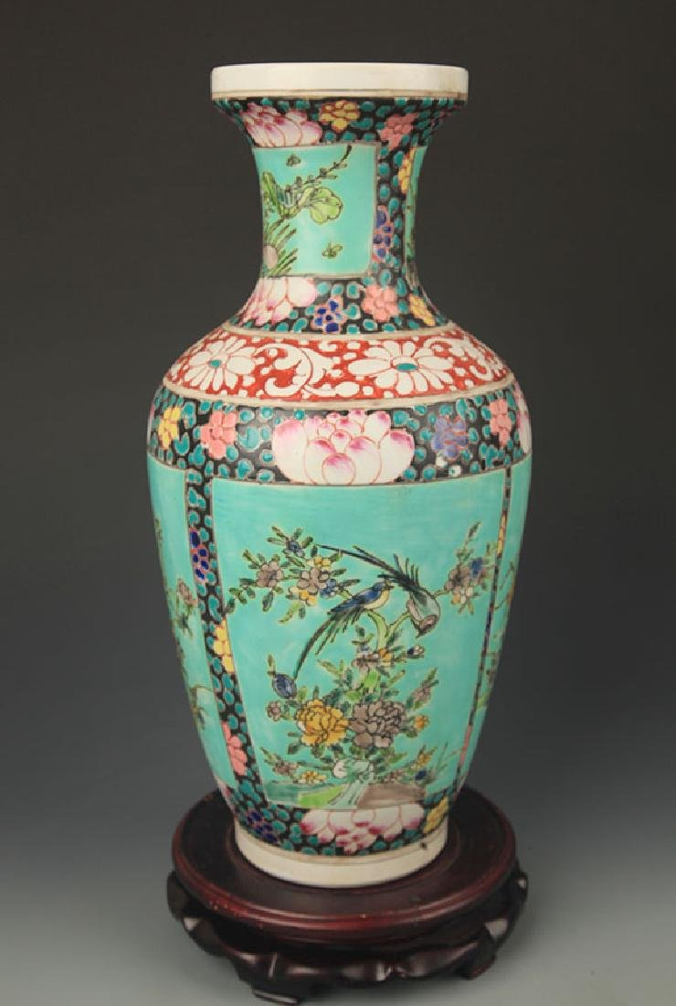 FAMILLE ROSE FLOWER AND BIRD WOODEN CLUB STYLE VASE