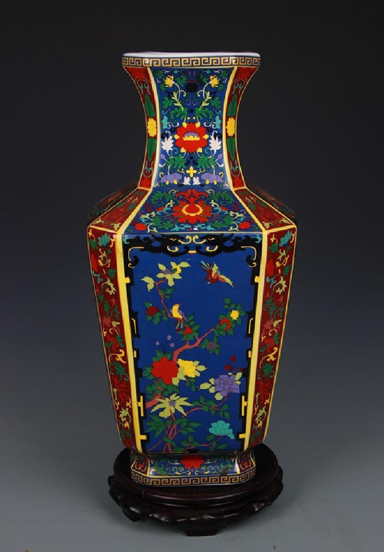 FAIENCE COLOR FLOWER AND BIRD SQUIRE VASE