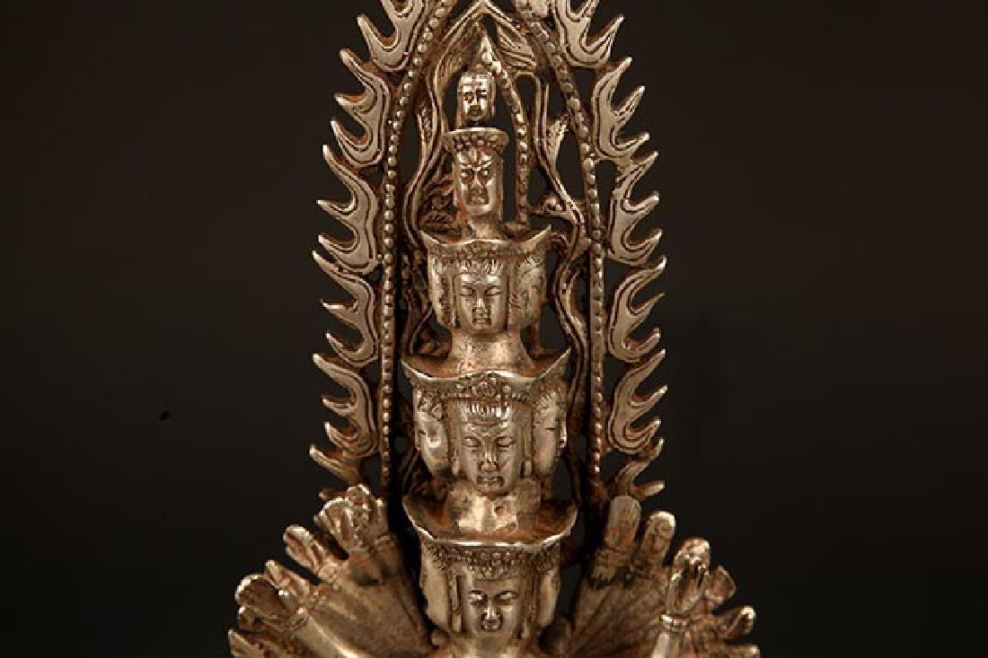 A FINE TIBETAN THOUSAND HAND GUAN YIN BUDDHA - 3