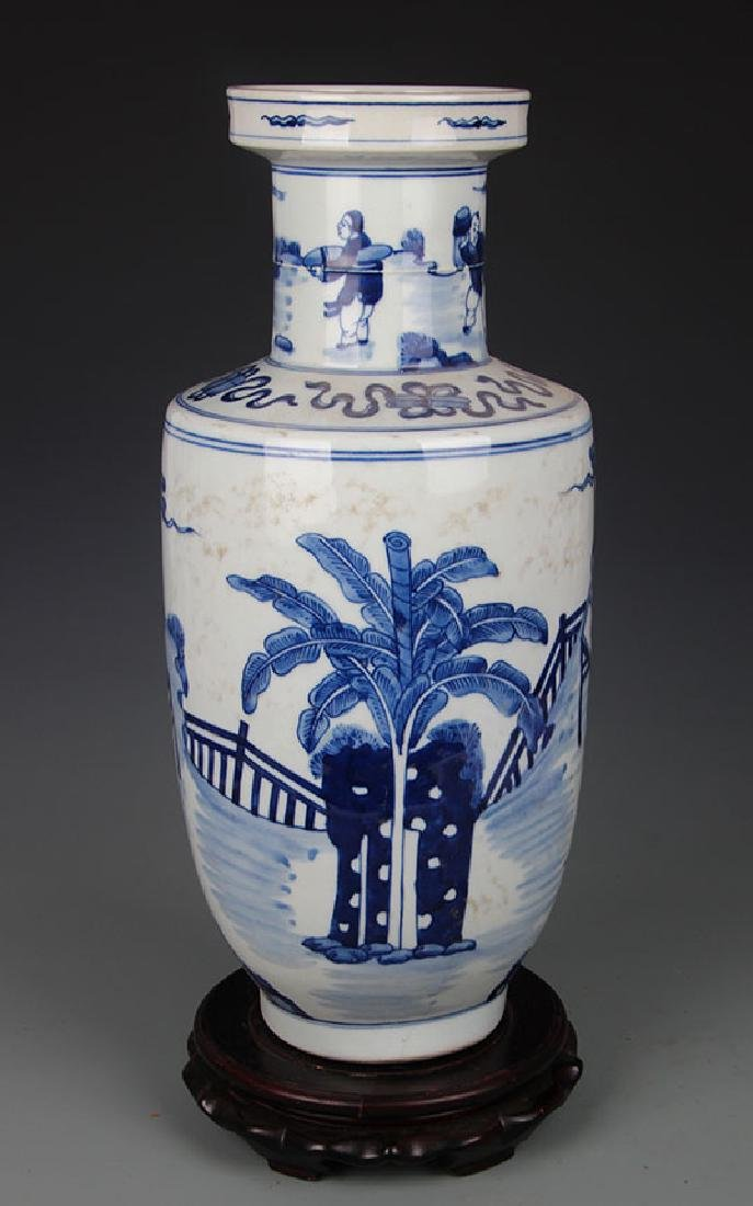 BLUE AND WHITE STORY PAINTED PORCELAIN VASE - 4