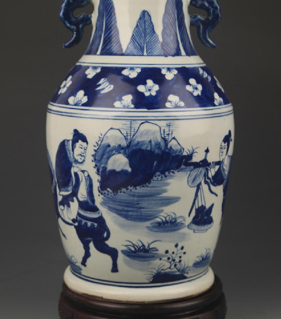 BLUE AND WHITE STORY PAINTED WIDE TOP PORCELAIN VASE - 3
