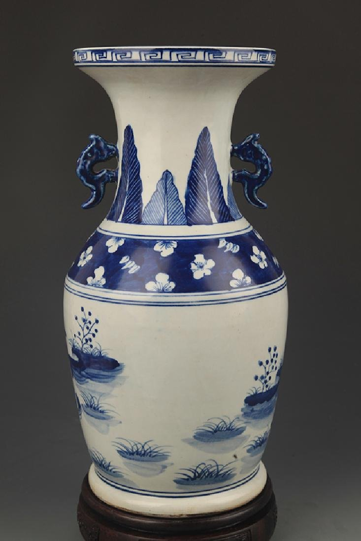 BLUE AND WHITE STORY PAINTED WIDE TOP PORCELAIN VASE - 4