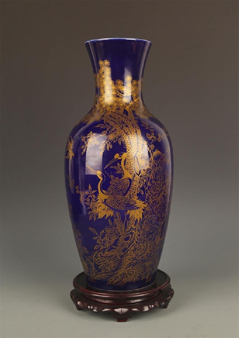BLUE COLOR WITH DRAGON PORCELAIN JAR