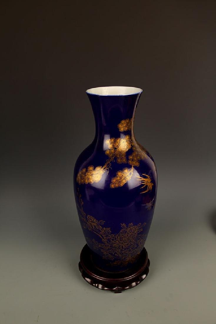 BLUE COLOR WITH DRAGON PORCELAIN JAR - 8