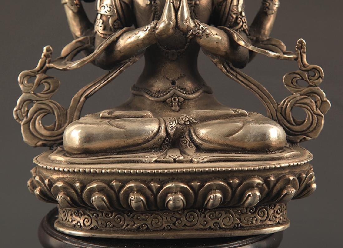 A FINE BRONZE FOUR ARM GUAN YIN BUDDHA - 3