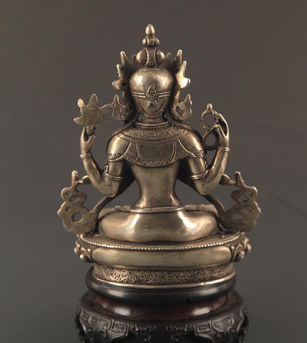 A FINE BRONZE FOUR ARM GUAN YIN BUDDHA - 4