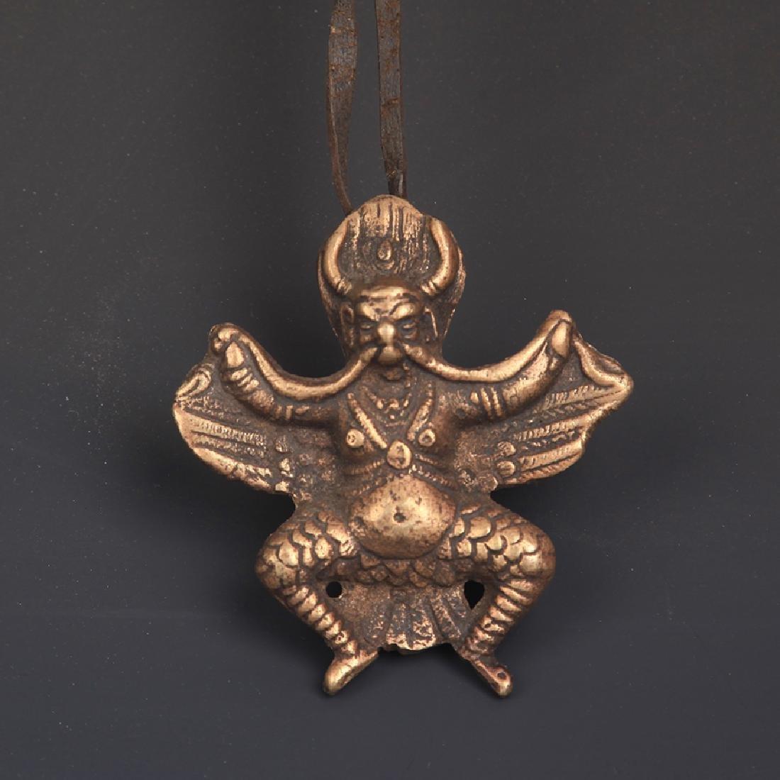 A FINE BRONZE GARUDA TIBETAN BUDDHISM PENDANT