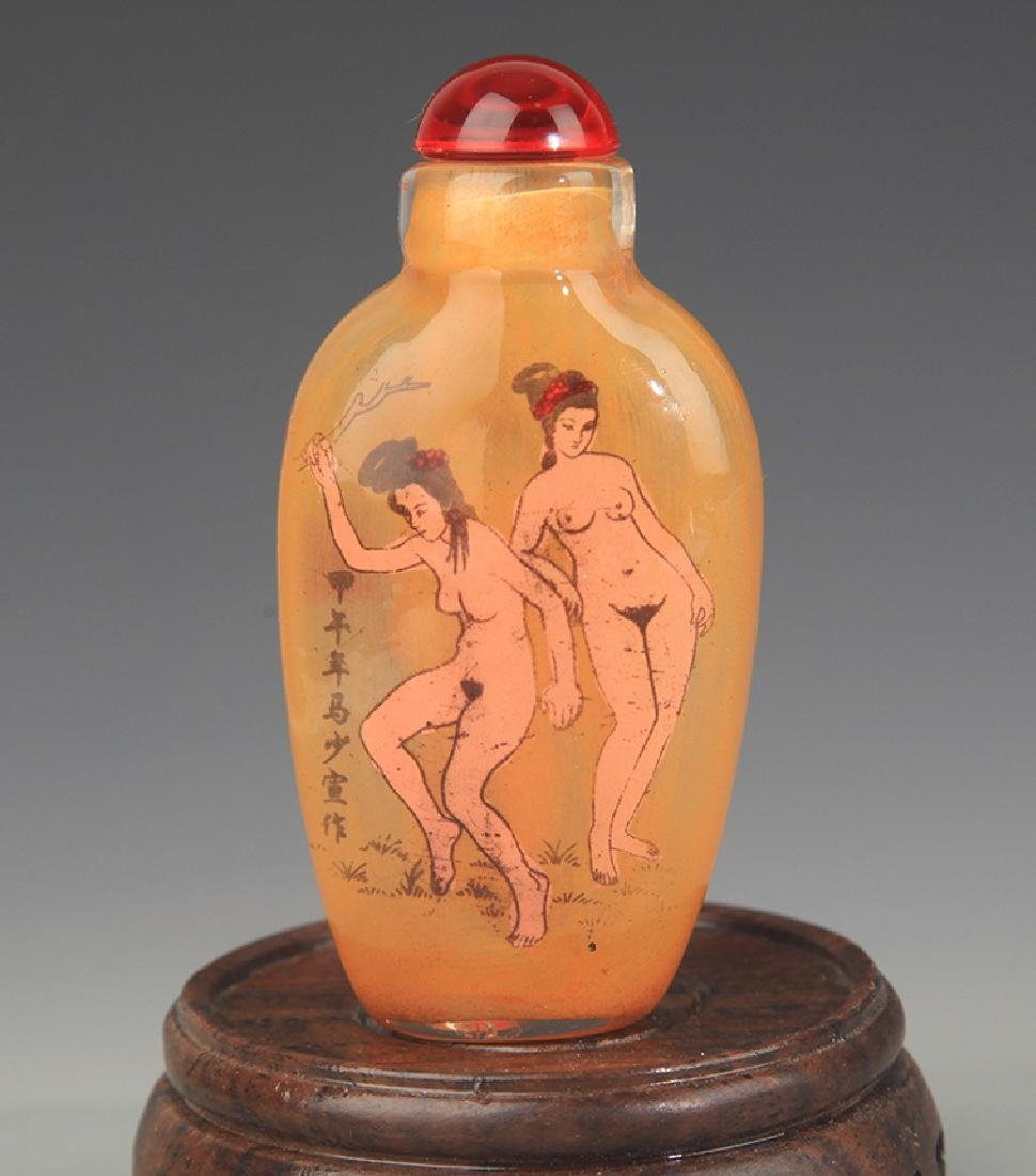 AN INNER CHARACTER PAINTED GALSS SNUFF BOTTLE - 2