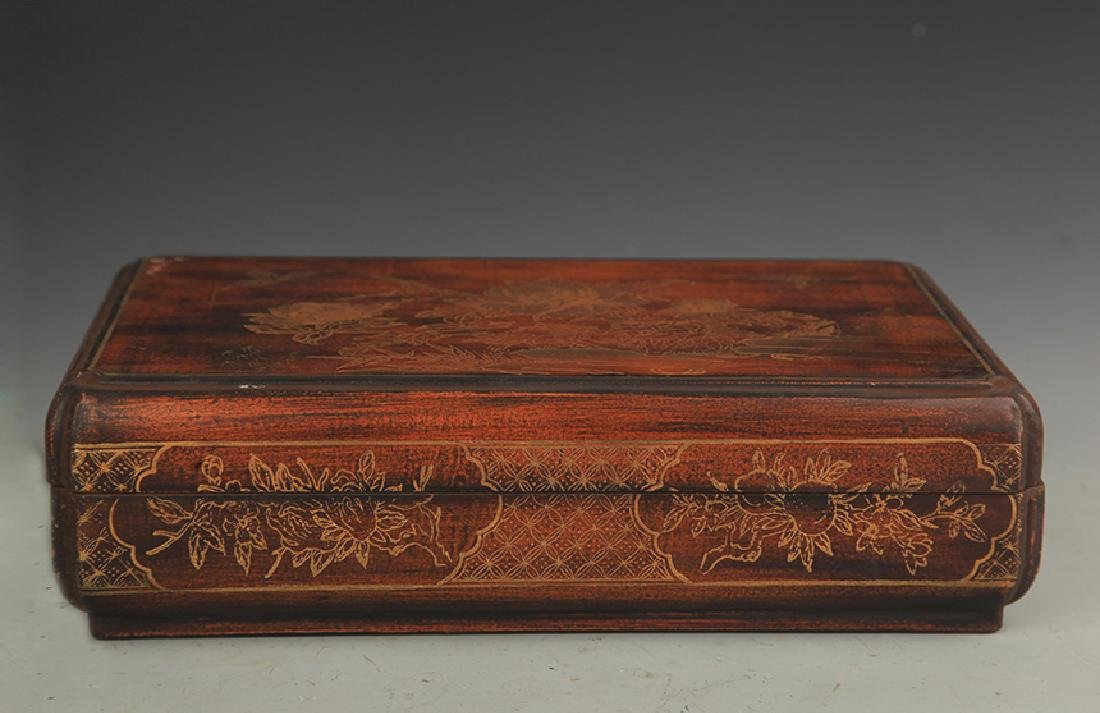 A GILT LACQUER HAPPINESS WOODEN BOX WITH COVER