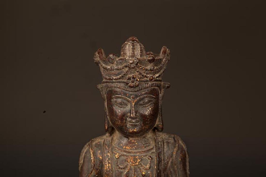 A FINELY CARVED BRONZE GUAN YIN BUDDHA - 2
