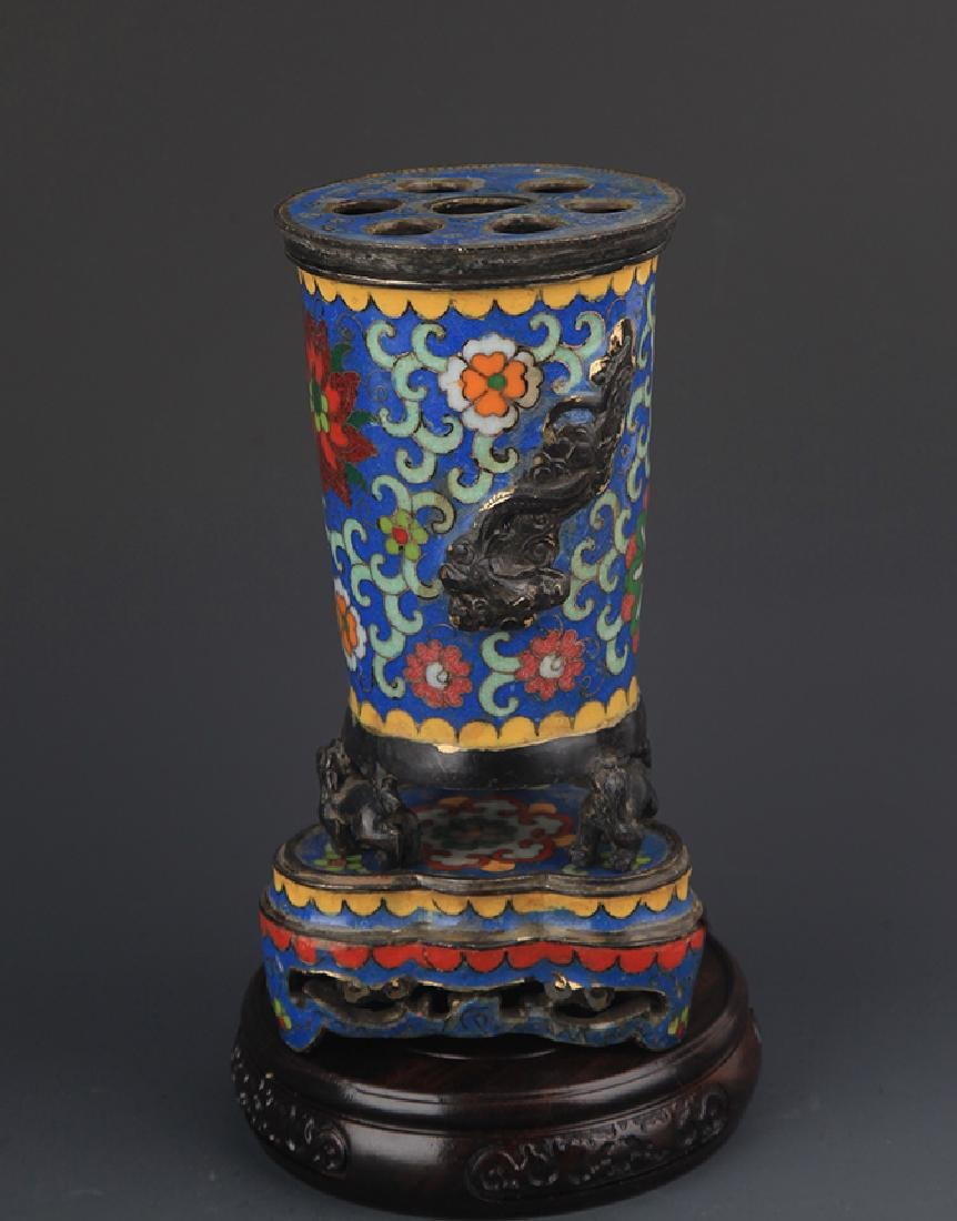 A CLOISONNE ENAMEL AROMATHERAPY WITH BASE