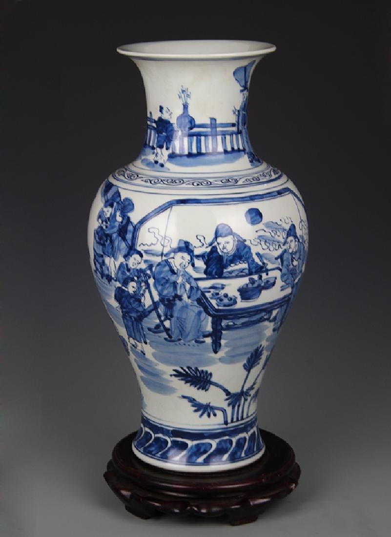 BLUE AND WHITE STORY PATTERN GUAN YIN VASE