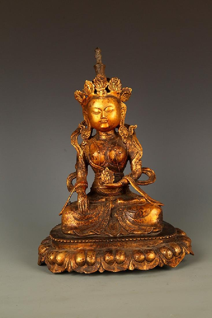 A FINELY CARVED LARGE BRONZE BUDDHA FIGURE