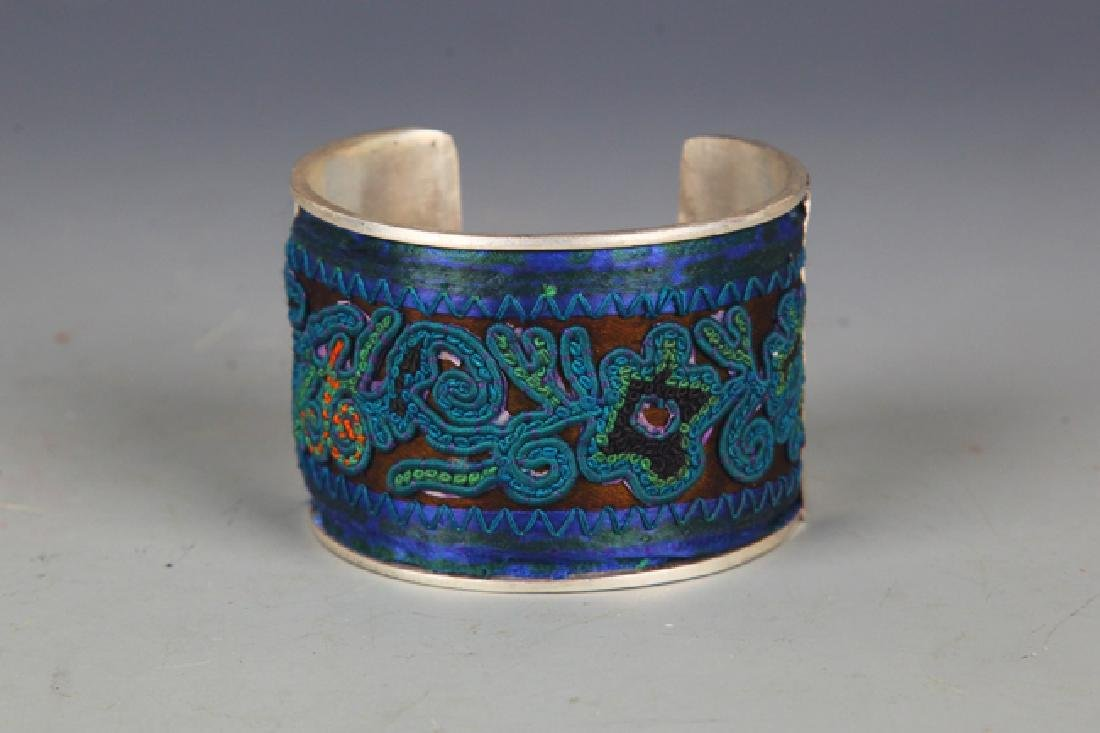 A OLD EMBROIDERED SILVER PLATED BANGLE