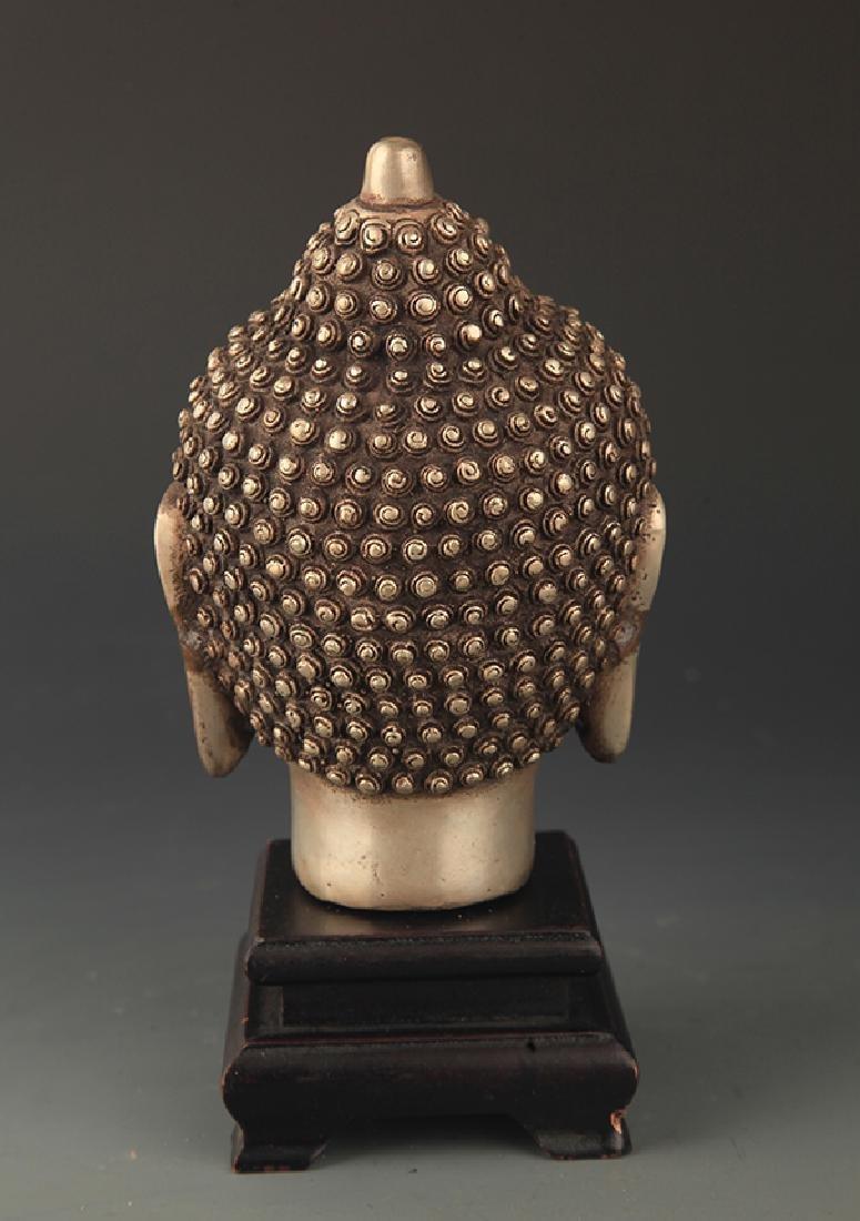 A FINELY CARVED BRONZE AKSHOBHYA BUDDHA HEAD - 2