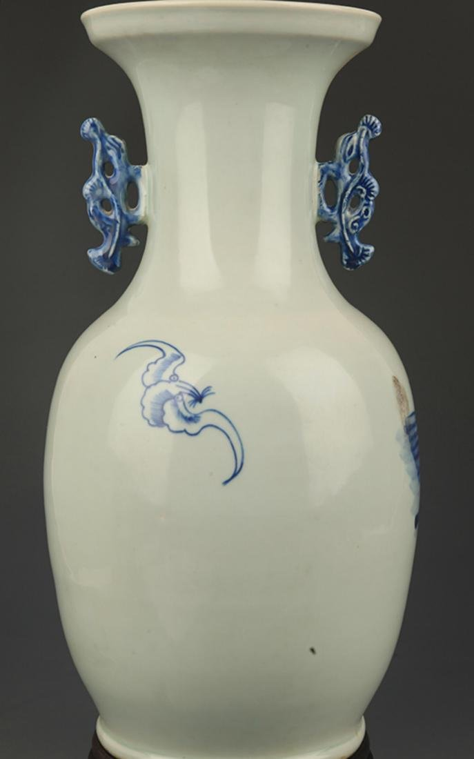 BLUE AND WHITE STORY PAINTED DOUBLE EAR PORCELAIN VASE - 4