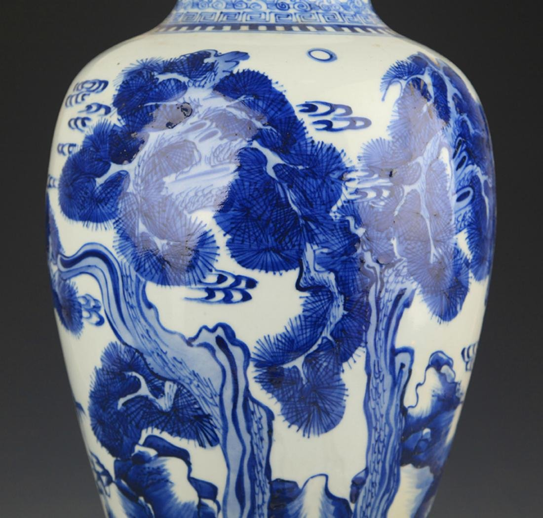 BLUE AND WHITE PINE TREE PAINTING PORCELAIN VASE - 3