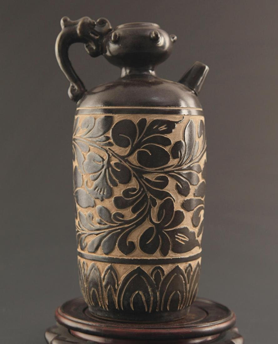 CI ZHOU YAO BLACK GLAZED HANDLED EWER