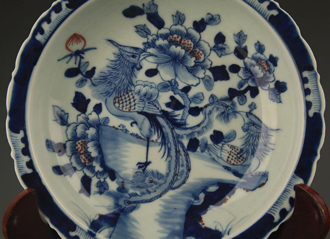 PAIR OF BLUE AND WHITE PAINTED PORCELAIN PLATE - 3