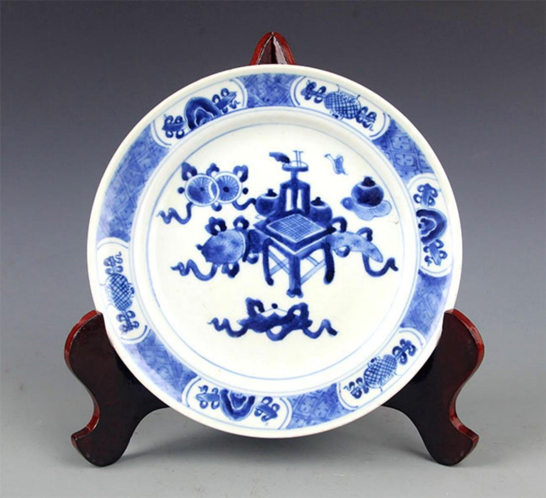 PAIR OF BLUE AND WHITE PORCELAIN PLATE - 4