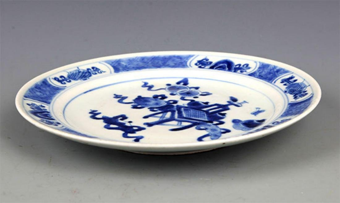 PAIR OF BLUE AND WHITE PORCELAIN PLATE - 7