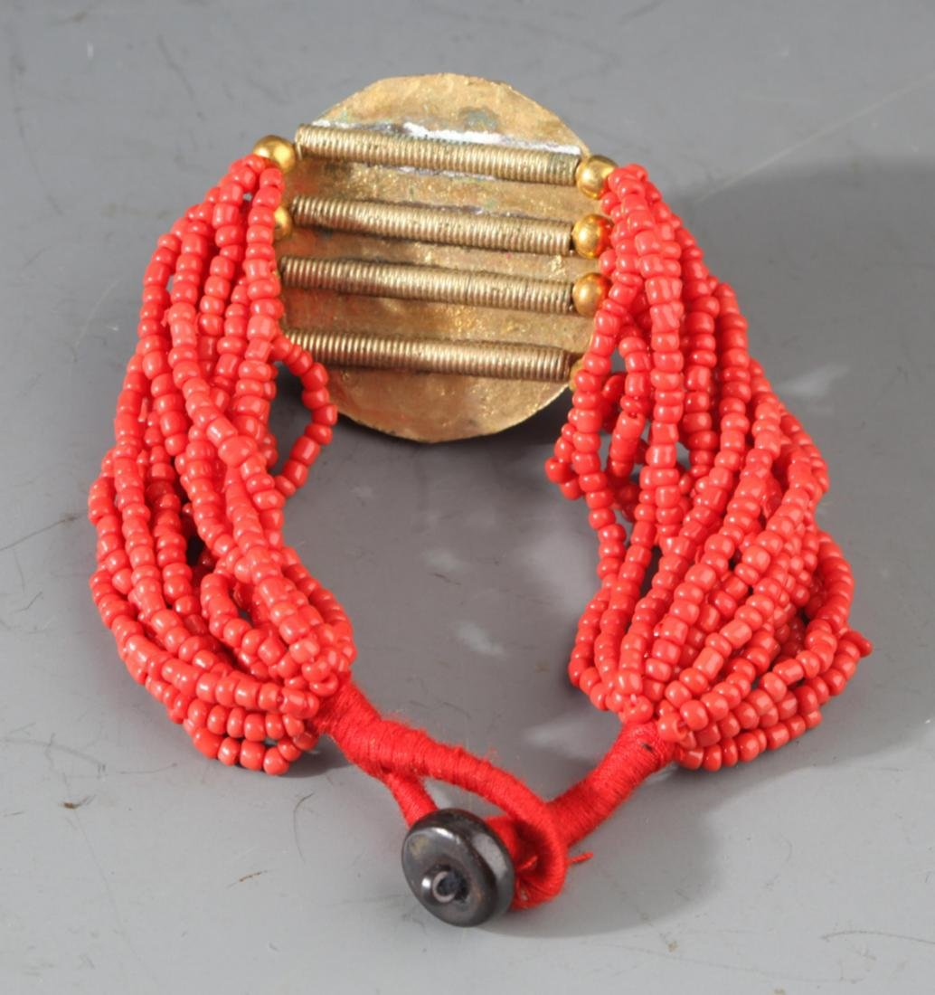 A CORAL HEADBAND AND CORAL BRACELETS - 2