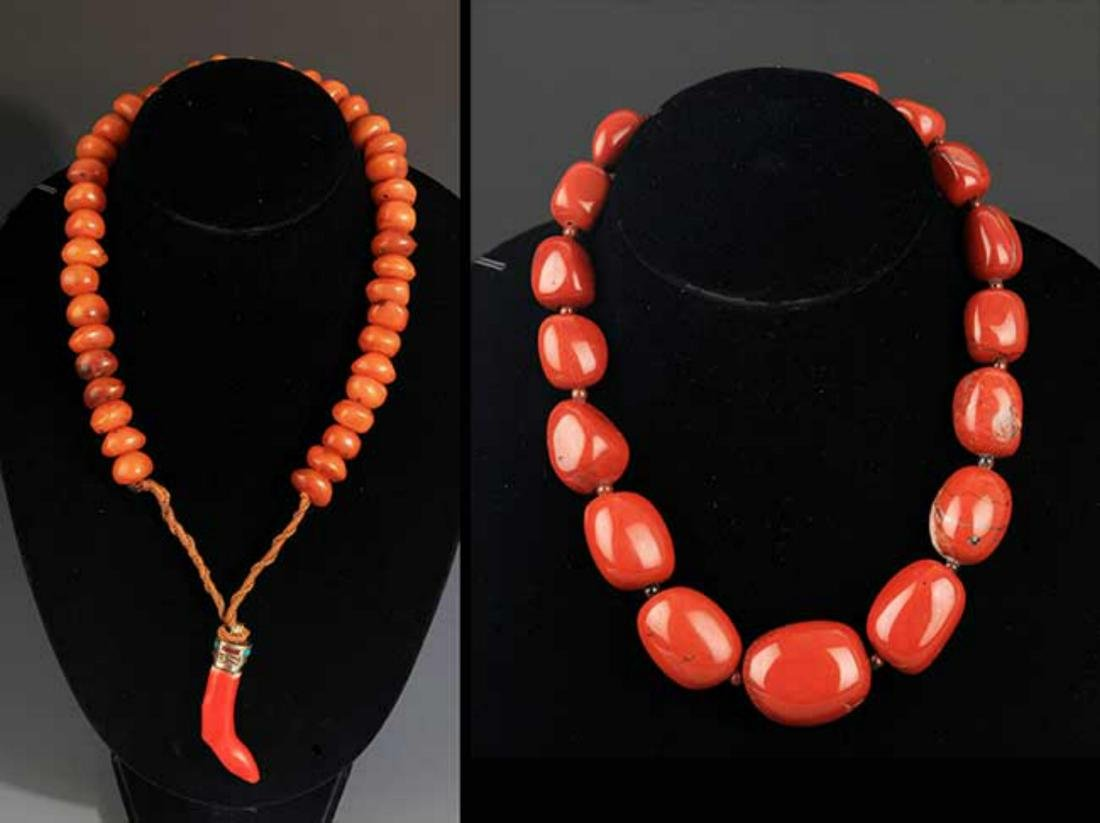 TWO CHINESE NECKLACE, AGATE STONE AND MI LA