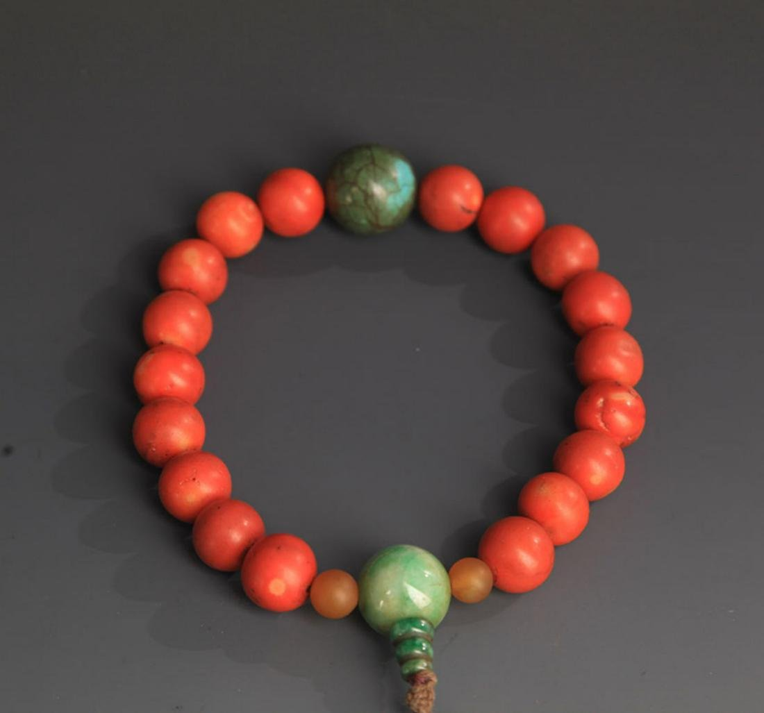 A FINE CORAL COURT ROYAL BRACELETS - 2