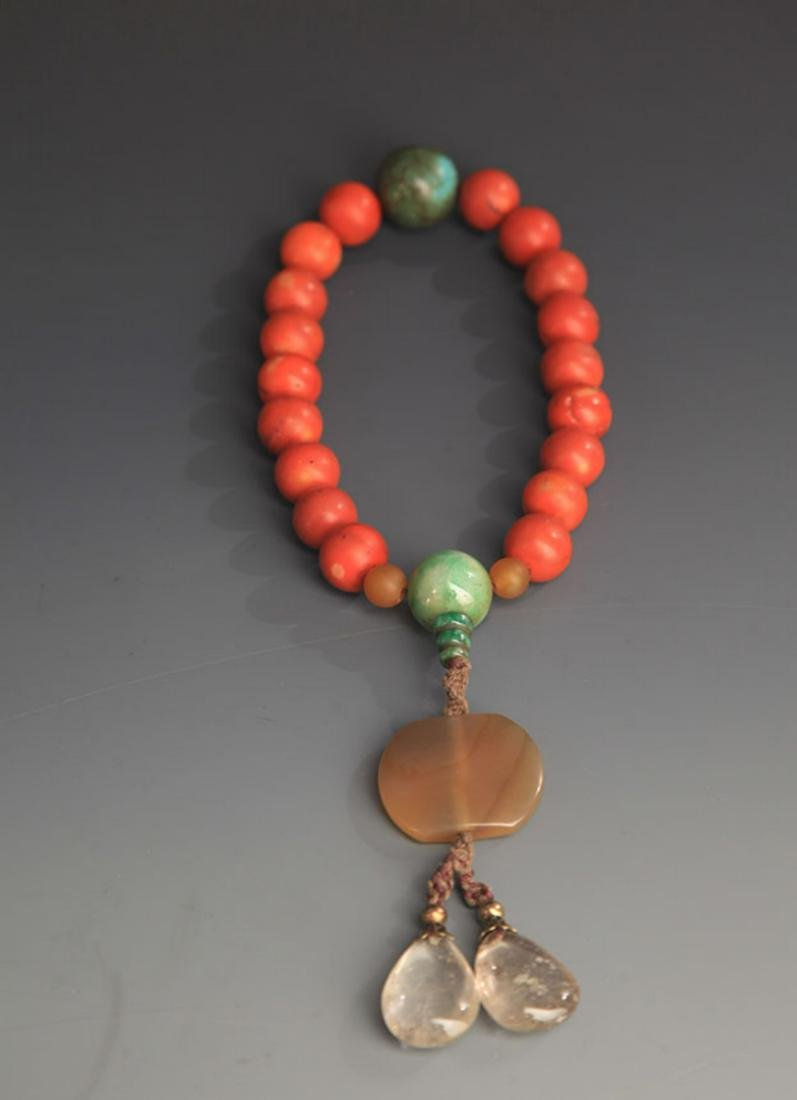 A FINE CORAL COURT ROYAL BRACELETS - 3