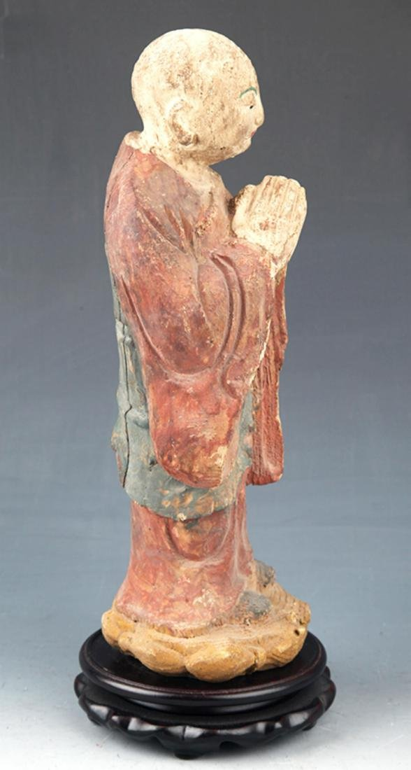 A FINELY PAINTED WOODEN BUDDHA FIGURE - 3