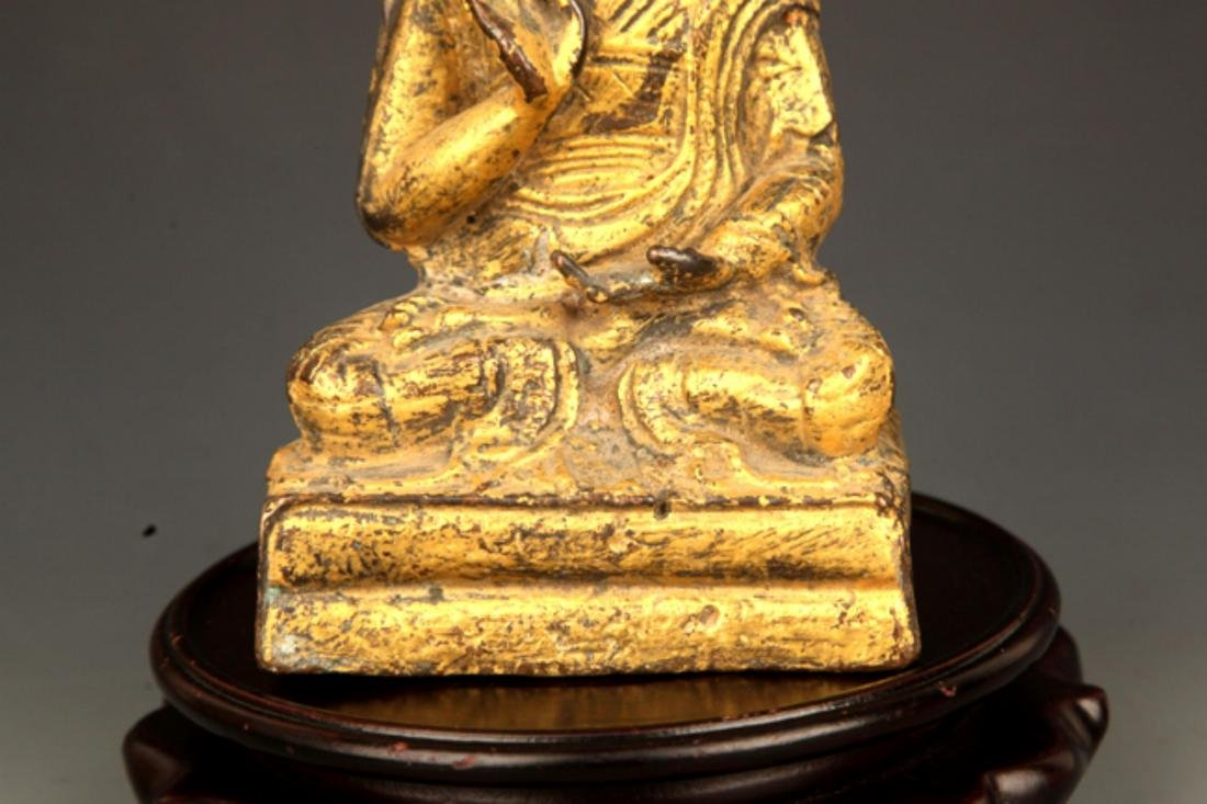 A FINE GILT BRONZE STATUE IN FIGURE OF GANDHARA - 4
