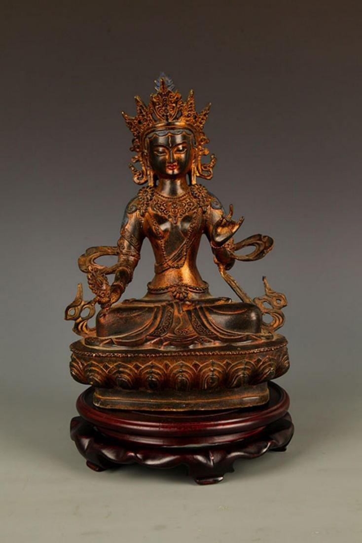 A FINELY CARVED TIBETAN VAJRASATTVA BUDDHA